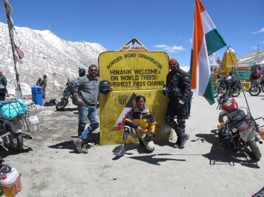 Ashok Munne during his Ladakh trip (Image courtesy http://ashokmunne.blogspot.in)